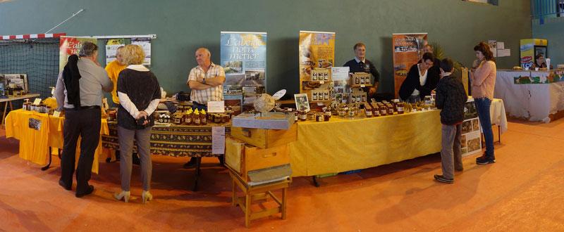 L 39 apiculture lotoise bien repr sent e au salon avicole de for Salon apiculture